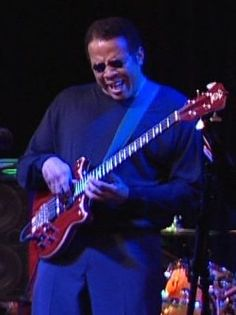 Stanley Clarke.....Coolest of the cool!!! Just an Amazing Bassist!!!