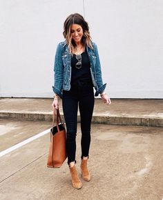 30 Ways to style a Denim Jacket I'm very excited about this post! This was a BIG request from y'all so I hope you find this helpful. Today I'm sharing 30 Ways to Style a Denim Jacket! Mode Outfits, Casual Outfits, Fashion Outfits, Ski Outfits, Over 40 Outfits, Casual Wear, Casual Dresses, Fall Winter Outfits, Spring Outfits