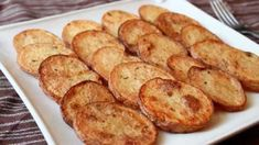 Cottage Fries - Easy Oven-Fried Potato Rounds by Food Wishes Oven Fried Potatoes, Oven Baked Fries, Fries In The Oven, Roasted Potatoes, Potato Dishes, Potato Recipes, Cottage Fries Recipe, Best Baked Potato, Bacon Potato