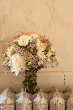 Wedding Flowers: Bridal Bouquet Trends for 2013 Rustic Bridal Bouquets, Rustic Bouquet, Bridal Flowers, Wedding Bouquets, Wedding Cakes, Rustic Flowers, Purple Flowers, Country Style Wedding, Rustic Wedding
