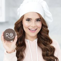 Rosanna Pansino - Popular Food Vlogger on YouTube.