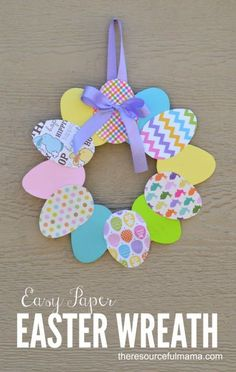 This paper Easter wreath is a great Easter craft for adults with dementia. #outdoorideasforadults