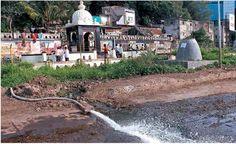 #Pune नानासाहेब पेशवे यांच्या समाधी स्थळानजीक पाणी साचल्याबाबत सकाळ वृताची दाखल घेऊन महापालिका प्रशासनाकडून करण्यात येत असलेली स्वच्छता..