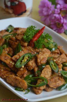 Diah Didi's Kitchen: Orek Tempe Cabai Hijau