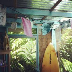 surf, love, play