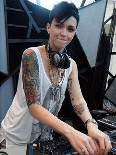 Ruby Rose,  DJane, Female DJ, Woman DJ, DJ, Mixing, Mix, Inked Girls