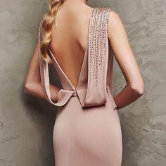 Precioso vestido para invitada. Lasin de Pronovias