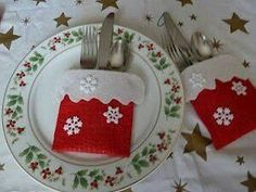 Most Clicked Crafty Link: Make it Easy Crafts shared Christmas in July–Down the Chimney Silverware Pockets- what a super easy project and great tutorial! Felt Christmas Ornaments, Easy Christmas Crafts, Christmas Sewing, Christmas In July, Christmas Projects, Simple Christmas, Christmas Tablescapes, Christmas Table Decorations, Deco Table Noel