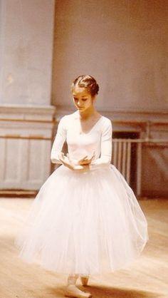 The Ballet Blog : Photo | BALLERINA | white TUTU | pinned by http://www.cupkes.com/