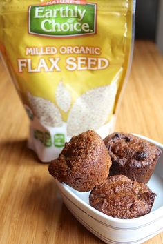 Cinnamon Flax Muffins (gluten-free, vegan option) from Carrie on Living | www.carrieonliving.com