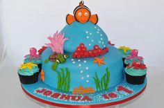 Finding Nemo Cake & Cupcakes