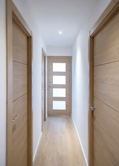 Interior Door Styles, Door Design Interior, Home Design Decor, Home Room Design, House Design, Modern Interior Doors, Flush Door Design, Living Room Decor Fireplace, Flur Design