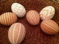 Cool Easter Eggs, Easter Egg Crafts, Easter Peeps, Hoppy Easter, Easter Cocktails, Easter Garden, Easter Egg Designs, Easter Traditions, Egg Art