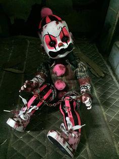 Reserve for Handmade art doll horror zombie creepy ooak clown punk devil Creepy Baby Dolls, Creepy Toys, Creepy Clown, Creepy Circus, Clown Faces, Creepy Art, Spooky Halloween, Halloween Decorations, Halloween Inspo