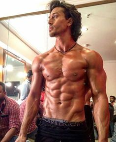 Oh boy! Tiger Shroff is all set to perform in Femina Miss India...