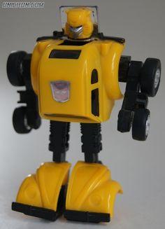 Best Transformers Toys, Transformers Generation 1, Transformers Characters, Transformers Bumblebee, 90s Toys, Retro Toys, Vintage Toys, Gi Joe, Nerd Room
