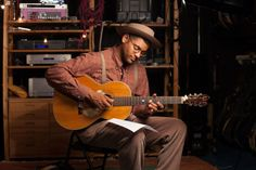 Check out my latest interview with Grammy Award Winning American Songster Dom Flemons here http://visualvictoria.com/the-whole-story-sits-down-with-dom-flemons/#blogpost #interview