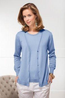 Le gilet laine uni ciel lazur tricoté en laine Cashwool®. Maille de fabrication française.