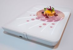 Light Dish by Libero Rutilo and Ekaterina Shchetina of DesignLibero