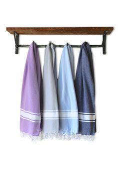 Our HACIENDA Essential towels are woven of cotton and made in Turkey exclusively for HACIENDA. They are perfect as a bath towel or a throw and just get softer with every wash. Our towels are crafted by skilled artisans, who have years of experience in textile production. As a result, they are incredibly plush, exceptionally strong and very absorbent.