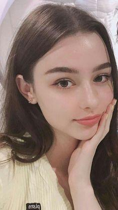 Aesthetic People, Aesthetic Girl, Goth Beauty, Hair Beauty, Russian Beauty, Cute Girl Photo, Beautiful Girl Image, Portraits, Portrait Inspiration