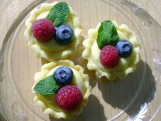 Mini lemon curd tarts | Completely Delicious
