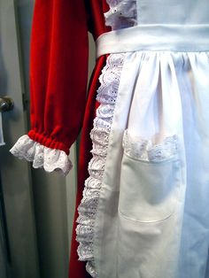 Holiday Costume: Traditional Mrs. Claus   Elise Tonn Designs