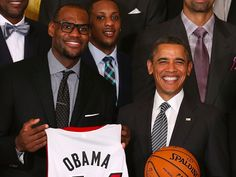 LeBron James says Trump is a 'bum' after the president disinvites Steph Curry Warriors from White House