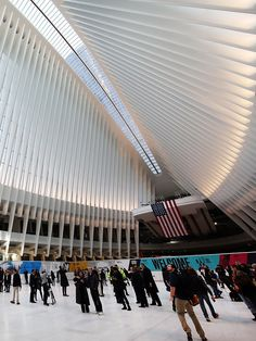 The breath-taking interior of the Oculus train station.