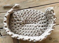 Capazo Midi de trapillo | SANTA PAZIENZIA Free Crochet, Knit Crochet, Cotton Cord, Lace Bag, Merino Wool Blanket, Purse Wallet, Macrame, Purses And Bags, Crochet Patterns