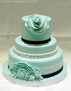 Ruffle cake Cake by leccalecca Gorgeous Cakes, Pretty Cakes, Amazing Cakes, Fondant Cakes, Cupcake Cakes, Cupcakes, Elegant Wedding Cakes, Lace Wedding, Ruffle Cake