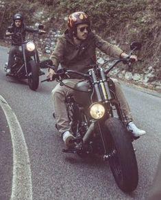 "3,385 mentions J'aime, 15 commentaires - harleyBstyle (@harleybstyle) sur Instagram: ""#harleydavidson #harley #bikers #riders #motorcycle #motorbike #hd #chopper #bobber #harleybstyle…"""