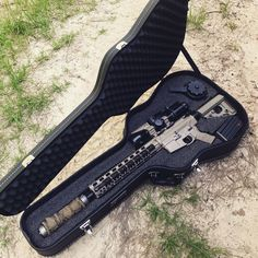 Cedar Mill Fine Firearms - Rifle, Pistol, and Gun Cases Zombie Weapons, Weapons Guns, Guns And Ammo, Tactical Pistol, Tactical Gear, Arsenal, Best Handguns, Armas Ninja, Gun Cases