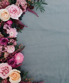 Dote Magazine - Weddings - Essay on Marriage: The Commitment of Love Framed Wallpaper, Flower Background Wallpaper, Flower Phone Wallpaper, Cute Wallpaper For Phone, Flower Backgrounds, Flower Wallpaper, Wallpaper Backgrounds, Iphone Wallpaper, Mises En Page Design Graphique