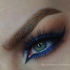 💙 Wearing shadows from the Shadow Couture PaletteLashes Brows, Lashes, Fairest Of Them All, I Feel Pretty, Eye Make Up, Anastasia Beverly Hills, Blue Sapphire, Glamour, Eyes