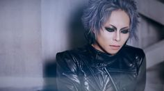 "LANTANA releases their new maxi single ""THE ROOTS"" today (on May 3rd)! Here is the full PV to the track ""PLEDGE"". See all posts about the single here! LANTANA Debut: June 30th 2015 Vocal: tomo (朋) …"