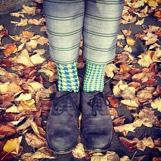 GreenPoulle by Oybō: 1 pair, 2 different socks.
