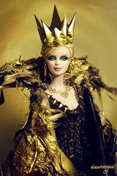 Ravenna-the-Evil-Queen3.jpg 640×960 píxeles