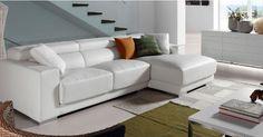 Hjørnesofa i skinn modell SINGAPORE.  www.mirame.no #mirame #sofa #hjørnesofa #skinn #hvit #tvstue #stue #design #interiør #interior #design #inspirasjon #norge #norsk #interiørpånett #nyhet #singapore Couch, Singapore, Furniture, Home Decor, Design, Rose, Modern Couch, Environment, Handmade Home Decor