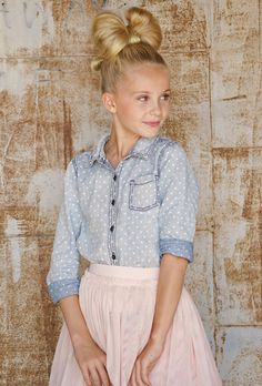 Kids and Tween Fashion Blog tut girls fashion, tween fashion, tutu fashion, hair bow,