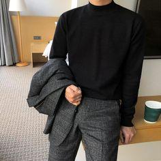 Stylish Mens Outfits, Cool Outfits, Casual Outfits, Classy Photography, Vintage Photography, Photography Poses, Korean Fashion Men, Korean Men Style, Korean Outfits
