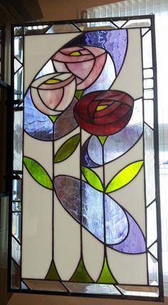 Red Rose – Delphi Artist Gallery – Verre et de vitrailes Stained Glass Quilt, Stained Glass Flowers, Stained Glass Designs, Stained Glass Panels, Stained Glass Projects, Stained Glass Patterns, Leaded Glass, Mosaic Glass, Mosaic Mirrors