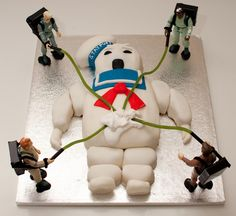 Kayla is MAJORLY into Ghostbusters right now. This would be awesome for our next halloween party. A ghostbusters theme. Crazy Cakes, Fancy Cakes, Cute Cakes, Pink Cakes, Cakes For Men, Cakes And More, Beautiful Cakes, Amazing Cakes, Ghostbusters Cake