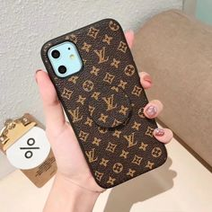Buy Wholesale Round Monogram Skin LV Leather Back Covers Holster Cases For iPhone 11 Pro Max - Brown from Chinese Wholesaler Iphone Cases Bling, Pink Phone Cases, Cute Phone Cases, Iphone Case Covers, Louis Vuitton Phone Case, Airpod Case, Iphone Accessories, Low Key, Samsung