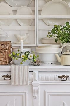 nice close up of this hutch and plate racks, home made no less!