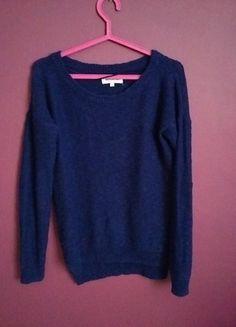 Kup mój przedmiot na #vintedpl http://www.vinted.pl/damska-odziez/swetry-z-dzianiny/14279940-piekny-asymetryczny-sweterek-z-latami-z-ekoskory-na-lokciach