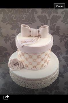 Hat+box++-+Cake+by+The+lemon+tree+bakery+