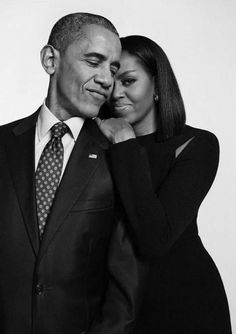 michelle obama and Obama and MichelleYou can find Michelle obama and more on our website Studio Portrait Photography, Couple Photography Poses, Family Photography, Family Portrait Poses, Couple Portraits, Studio Family Portraits, Couple Photoshoot Poses, Couple Posing, Couples Poses For Pictures