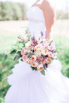 pink bouquet   Nikki Santerre   Glamour & Grace