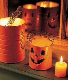 make pumpkin lanterns with tin cans, Recycled Tin Can Craft Ideas, http://hative.com/recycled-tin-can-craft-ideas/,